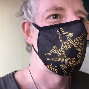 Man wearing facemask with